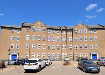 Thumbnail Studio to rent in Abbey Road, Barking
