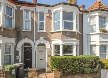 2 bed property for sale in Silvermere Road, London SE6