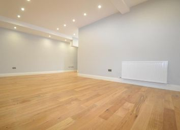 Thumbnail Studio to rent in Victoria Road, Horley