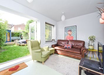Thumbnail 2 bed flat for sale in Roseberry Gardens, Harringay, London