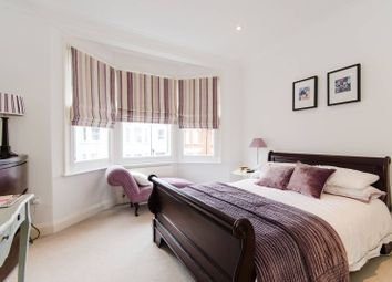 Thumbnail 2 bed flat to rent in Grove Avenue, Hanwell