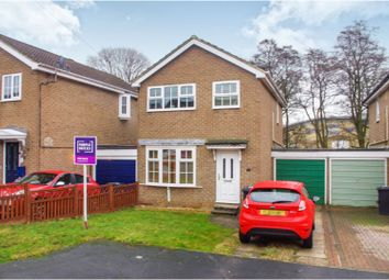 3 bed detached house for sale in Nesfield Close, Harrogate HG1