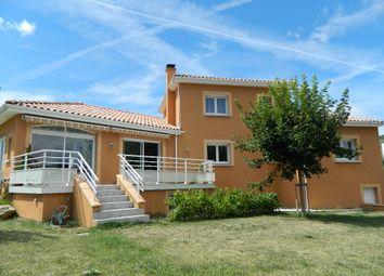 Thumbnail 4 bed villa for sale in Midi-Pyrénées, Aveyron, Millau