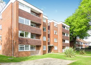 2 bed flat for sale in Lansdowne Road, Worthing BN11