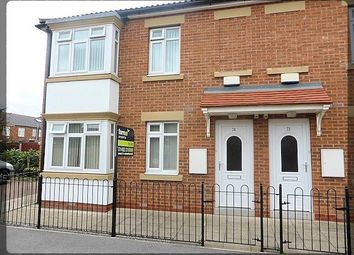 Thumbnail 2 bed flat to rent in Penshurst Avenue, Hessle, East Yorkshire