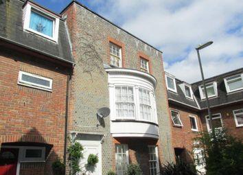 Thumbnail 2 bed flat to rent in Seahorse Walk, Gosport