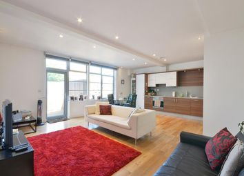 Thumbnail 2 bed flat to rent in Islington High Street, Islington