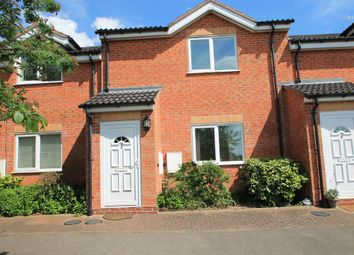 Thumbnail 1 bed flat to rent in Glendale Terrace, Well Close, Redditch