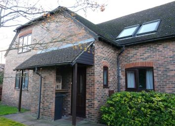 Thumbnail 1 bedroom flat for sale in Salisbury Road, Hungerford