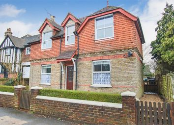 4 bed detached house for sale in Moat Road, East Grinstead, West Sussex RH19