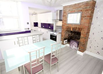 3 bed property to rent in William Street, Sittingbourne ME10