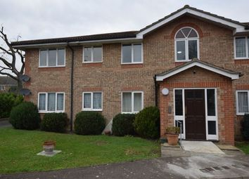 Thumbnail 2 bed flat to rent in Alnwick Close, Basildon