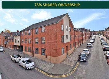 Thumbnail 2 bed flat for sale in Leopold Road, Clarendon Park, Leicester