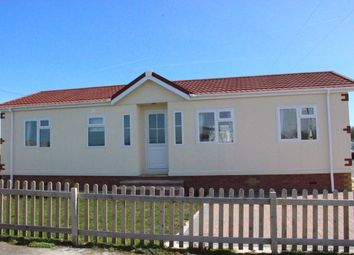 Thumbnail 2 bed mobile/park home for sale in Castleton Road, St Athan, Barry