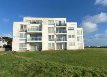 Park Lane, Milford On Sea, Lymington SO41. 2 bed flat for sale