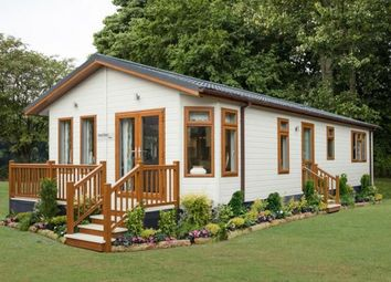 Thumbnail 2 bed mobile/park home for sale in Meadow View Residential Park, Silloth