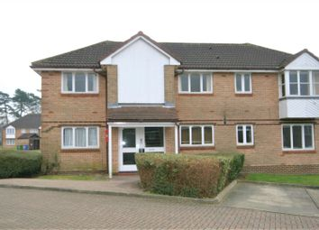 Thumbnail 1 bed property to rent in Bornedene, Potters Bar