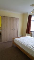 Thumbnail Room to rent in Leicester Gardens, Ilford