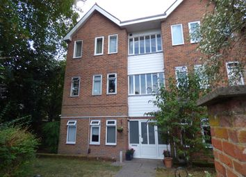 Thumbnail 3 bedroom flat to rent in Christchurch Road, St Cross, Winchester