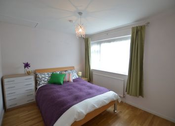 Thumbnail 5 bed shared accommodation to rent in Shrewsbury Lane, London