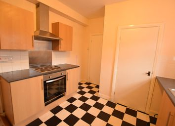 Thumbnail 3 bed flat to rent in Marsh Lane, Leeds