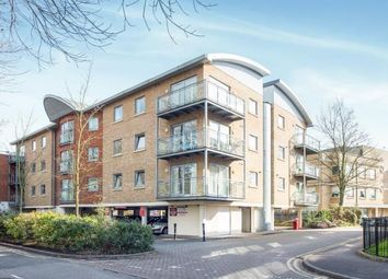 Thumbnail 2 bed flat for sale in Walton-On-Thames, Surrey