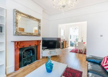 Thumbnail 5 bed property for sale in Gillespie Road, Islington, London