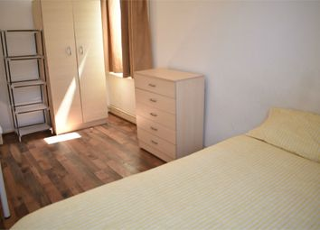 Thumbnail Room to rent in Shadwell Gardens, London