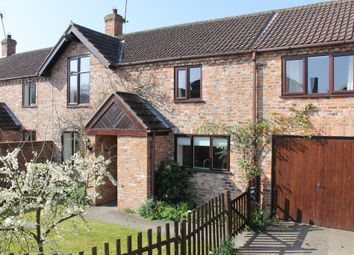 Thumbnail 3 bed barn conversion to rent in Dunroyal Close, Helperby, York