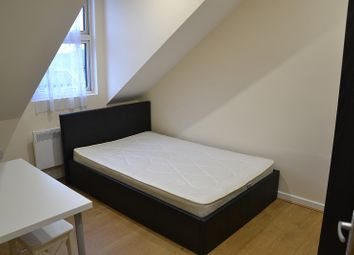 Thumbnail 2 bed property to rent in 5A, Castlehill Parade, The Avenue, West Ealing, London.