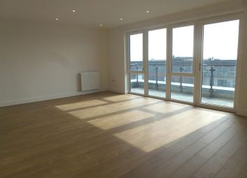 Thumbnail 2 bed property to rent in Centenary Plaza, Woolston, Southampton