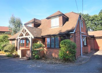 Thumbnail 5 bed detached house to rent in Hookley Lane, Elstead