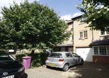 Thumbnail 4 bed property to rent in Inglewood Close, London