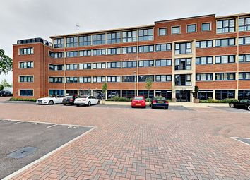 2 bed flat to rent in Kestrel Road, Farnborough, Hampshire GU14