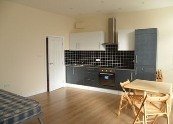 Thumbnail Studio to rent in Catford Hill, Catford, London