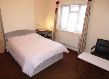 Thumbnail Room to rent in Elizabeth Close, Poplar / Docklands