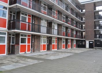 Thumbnail 1 bed flat to rent in Wenlock Street, London