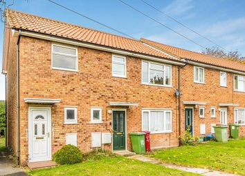 Thumbnail 2 bedroom flat for sale in Cranidge Close, Crowle, Scunthorpe
