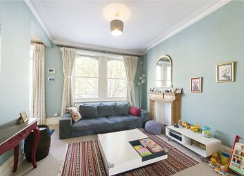 2 bed maisonette to rent in Rostrevor Road, Fulham, London SW6