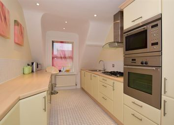 Thumbnail 3 bedroom flat for sale in Avenue Road, Banstead, Surrey