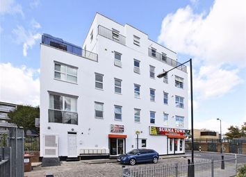 Thumbnail 3 bed flat to rent in Walburgh Street, Shadwell, Aldgate East