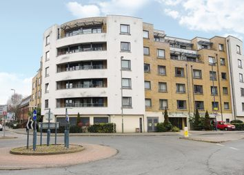 Thumbnail Flat for sale in Stanley Road, Woking