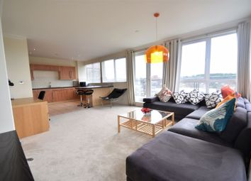 Thumbnail 3 bed flat to rent in Midland Road, Luton