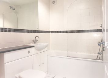 Thumbnail 2 bed flat to rent in Bromley Common, Bromley