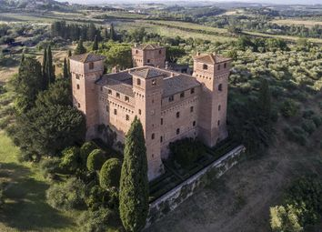 Thumbnail 12 bed villa for sale in Siena, Tuscany, Italy