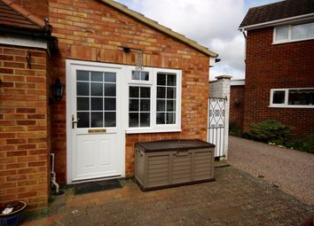 Thumbnail 1 bed flat to rent in Hopground Close, St Albans