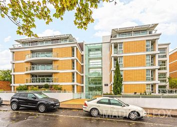 2 Bedrooms  to rent in Brook Parade, High Road, Chigwell IG7