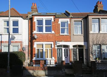 2 bed maisonette to rent in Sellincourt Road, Tooting SW17