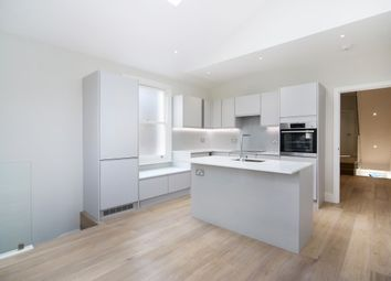 3 bed maisonette to rent in Heythorp Street, Southfields SW18
