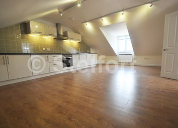 Thumbnail 1 bed flat to rent in Junction Road, Tufnell Park, Archway, London